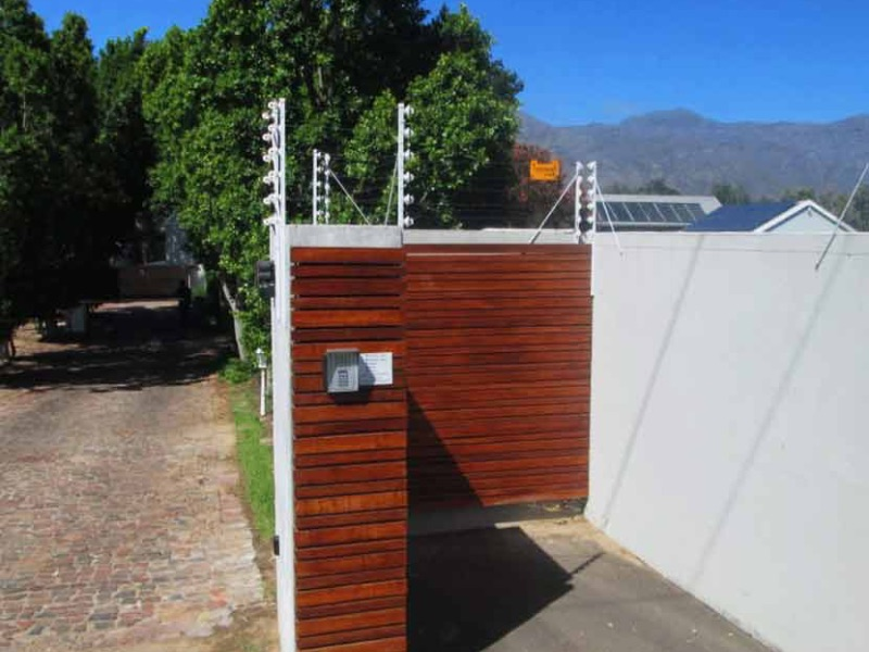 Cape-winelands-automation-pedestriangate2